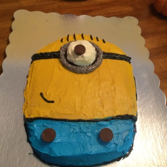 Despicable Me Minion Cake